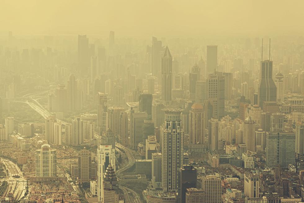 中国の公害問題解決に日本はテクノロジーで貢献せよ