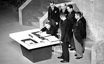 日本の戦後は国際裁判や条約で被当事国不在から始まった